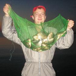 Кормушка для ловли рыбы своими руками