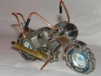 Делаем мотоцикл из старых часов