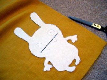 Как сшить забавного зайца-монстрика