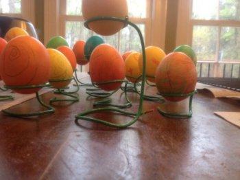 Подставка из проволоки для яиц своими руками